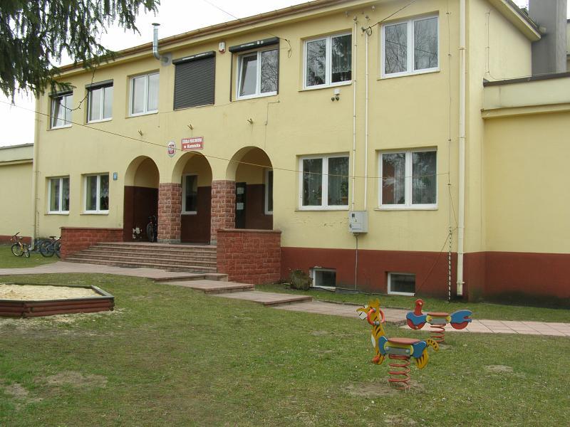 - korzeckoszkola.jpg