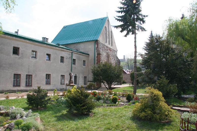 - klasztor_franciszkanow.jpg