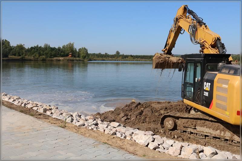 Postep prac przy zagospodarowaniu zbiornika w Lipowicy