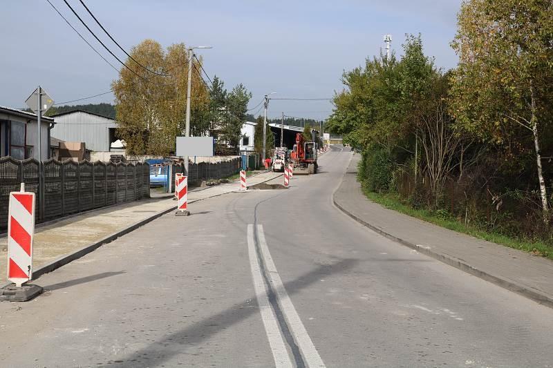 Postęp prac przy budowie ścieżki rowerowej